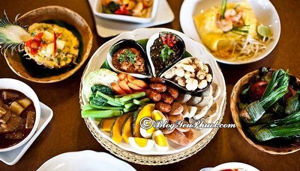 Nhà hàng nổi tiếng ở khu Chiang Mai Night Bazaar