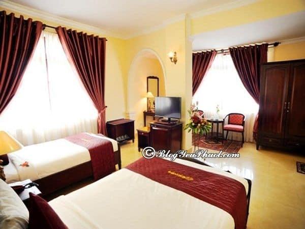 Có nên ở khách sạn Cẩm Đô khi du lịch Đà Lạt? Đánh giá chất lượng phòng ốc, tiện nghi, nội thất của khách sạn Cẩm Đô Đà Lạt