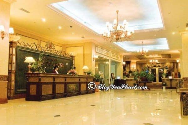 So sánhCẩm Đô Đà Lạt với một sốkhách sạn khác tạiĐà Lạt: Có nên đặt phòng khách sạn Cẩm Đô Đà Lạt hay không?