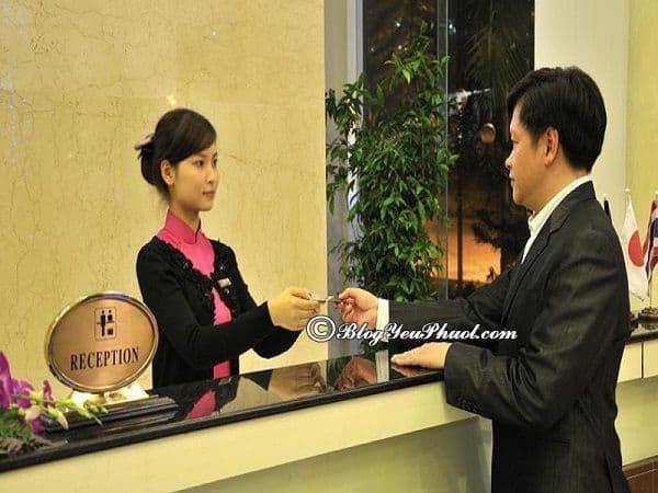 Khách sạn Vietsovpetro Đà Lạt có những dịch vụ nổi bật nào? Đánh giá chất lượng phục vụ, tiện nghi của khách sạn Review phòng ốc, vị trí của khách sạn Vietsovpetro Đà Lạt