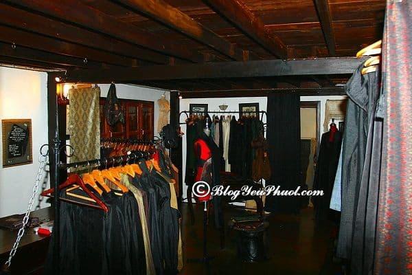 Ở đâu mua sắm quần áo, vải vóc uy tín, giá rẻ khi du lịch Lào? Địa chỉ mua sắm nổi tiếng, giá rẻ ở Lào