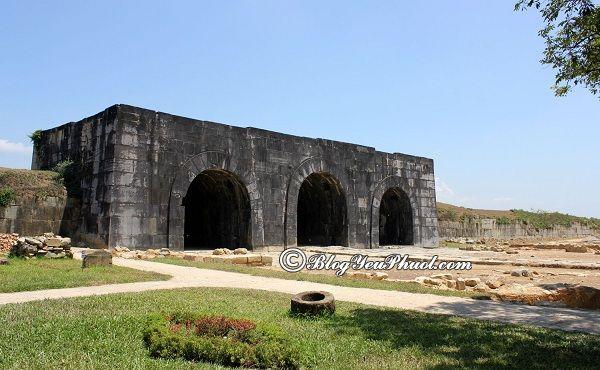 Vài nét về di tích lịch sử thành nhà Hồ- Thanh Hóa: Địa điểm thu hút du khách ở thành nhà Hồ