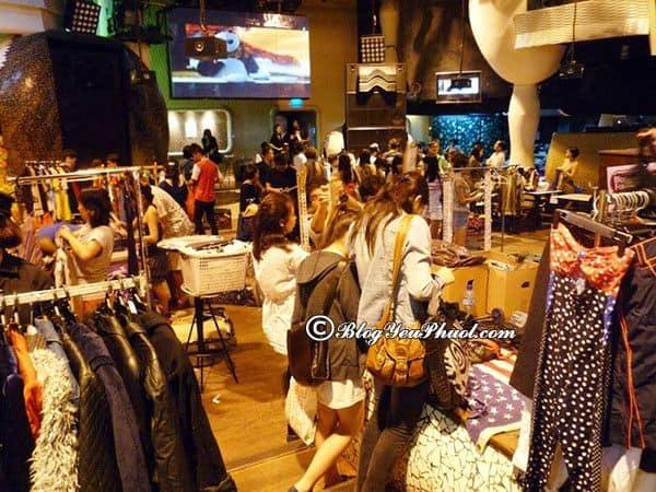 Những khu chợ trời nổi tiếng tại Singapore: Du lịch Singapore nên đi chơi chợ nào?