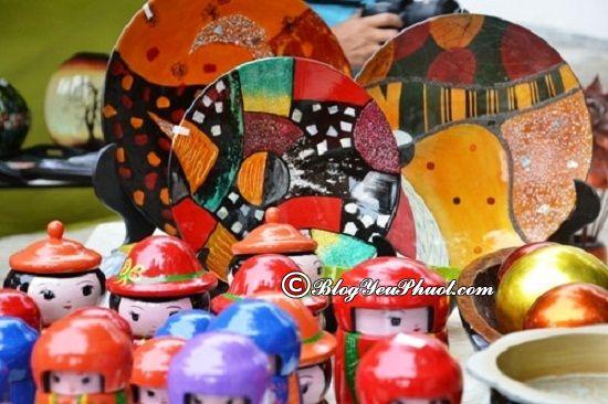 Những món quà nên mua khi du lịch Hà Nội: Phượt Hà Nội nên mua gì về làm quà?