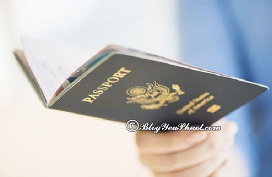 Những giấy tờ cần chuẩn bị để mang xe máy qua biên giới du lịch? Phượt xe máy qua biên giới cần những thủ tục gì?