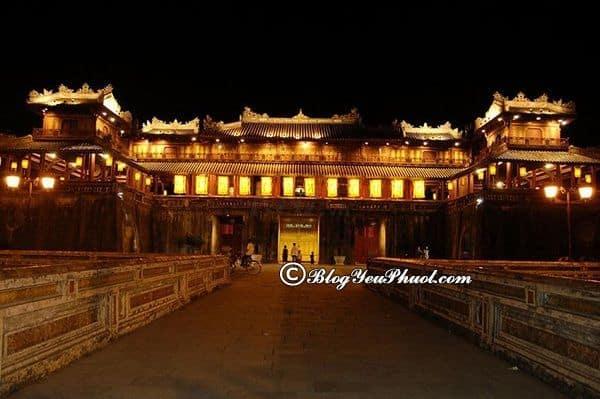 Nên mua tour du lịch nào ở Đà Nẵng? Du lịch Đà Nẵng nên đi theo tour du lịch nào?