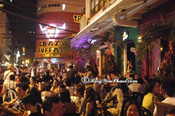 Địa điểm nên đến tại Sài Gòn về đêm: Những điểm vui chơi, giải trí sôi động, hấp dẫn ở Sài Gòn vào buổi tối