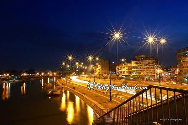 Con đường đẹp nhất Sài Gòn về đêm: Địa điểm ngắm cảnh, chụp ảnh về đêm đẹp, lung linh ở Sài Gòn