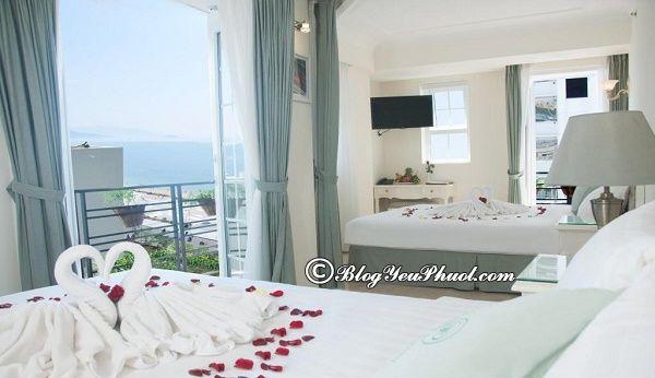 So sánhThe Summer Hotel với khách sạn khác ở Nha Trang
