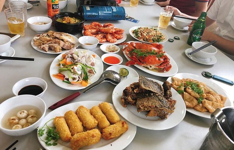 Ăn món gì ngon khi du lịch biển Hải Tiến? Đặc sản nổi tiếng ở Hải Tiến