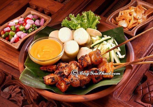 Ăn gì khi du lịch Bali? Địa điểm ăn uống ngon, nổi tiếng, giá rẻ ở Bali