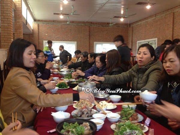 Địa chỉ ăn bê chao ngon ở Mộc Châu: Du lịch Mộc Châu ăn uống ở đâu ngon, nổi tiếng?