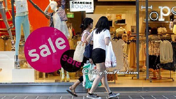 Các khu phố mua sắm chuyên biệt ở Singapore