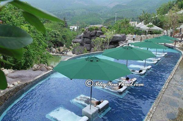 Từ Đà Nẵng đi công viên suối khoáng nóng núi Thần Tài bao nhiêu km