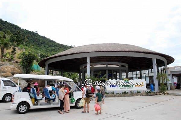 Đường từ Đà Nẵng đi công viên suối khoáng nóng núi Thần Tài: Cách di chuyển từ trung tâm Đà Nẵng tới suối khoáng nóng Thần Tài