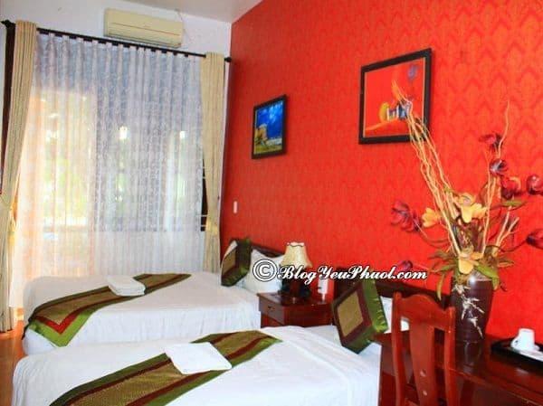 Giá phòng khách sạn Hoan Kiem Lake? Khách sạn khách sạn Hoàn Kiếm Lake Hanoi có tốt không, phòng ốc thế nào?