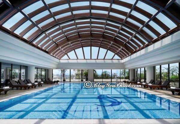 Có nên ở khách sạn Sofitel Plaza Hà Nội? Khách sạn Sofitel Plaza Hà Nội có bể bơi không?
