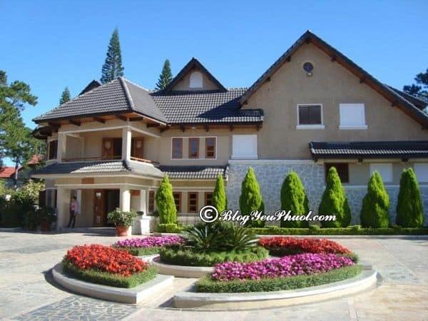Review chi tiết khách sạn Hoàng Anh Đất Xanh Đà Lạt 4 sao: Đánh giá tiện nghi, chất lượng, phòng ốc của khách sạn Monet Garden Villa