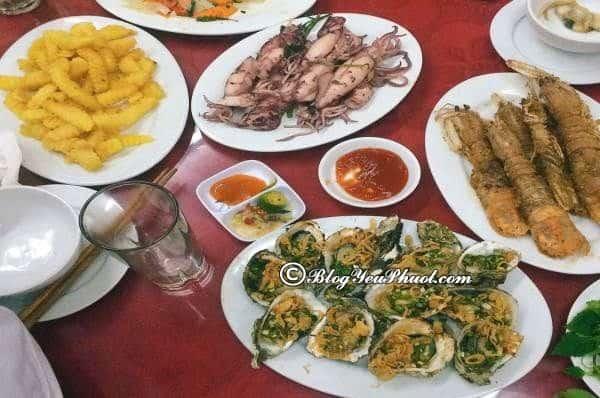 Địa chỉ nhà hàng, quán ăn ngon, nổi tiếng ở đảo Cát Bà: Nên ăn ở đâu khi du lịch đảo Cát Bà?