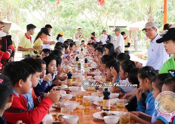 Kinh nghiệm ăn uống khi đi chơi ở khu du lịch Trường Huy, Vĩnh Long: Ăn gì ở khu du lịch Trường Huy, Vĩnh Long