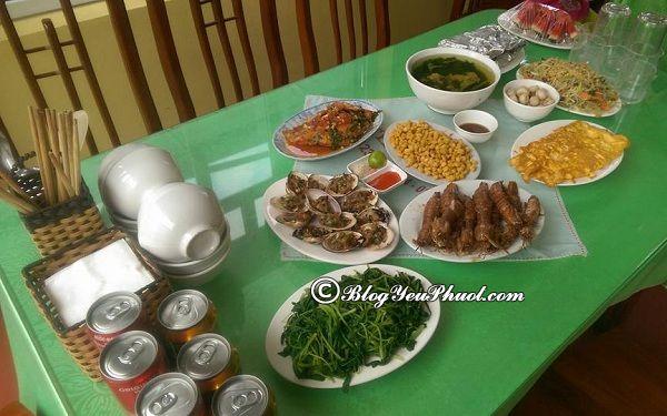 Kinh nghiệm ăn uống khi du lịch Khoang Xanh Suối Tiên: Ăn gì ở khu du lịch Khoang Xanh Suối Tiên