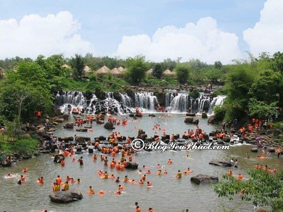 Thác Giang Điền - điểm du lịch bụi nổi tiếng ở Đồng Nai: Nên đi đâu chơi, tham quan khi du lịch Đồng Nai?