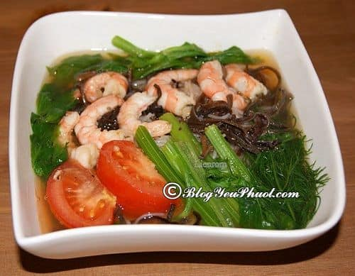 Gợi ý nhà hàng, quán ăn ngon nổi tiếng ở Cát Bà: Du lịch đảo Cát Bà nên ăn gì, ăn ở đâu ngon?