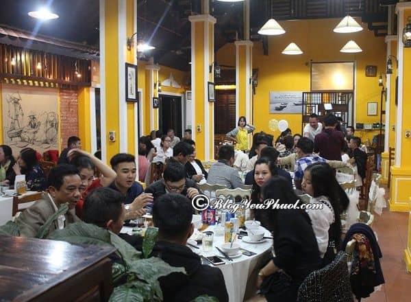 Địa chỉ quán ăn ngon, giá bình dân nổi tiếng ở Quảng Bình: Nên ăn ở đâu khi du lịch Quảng Bình?
