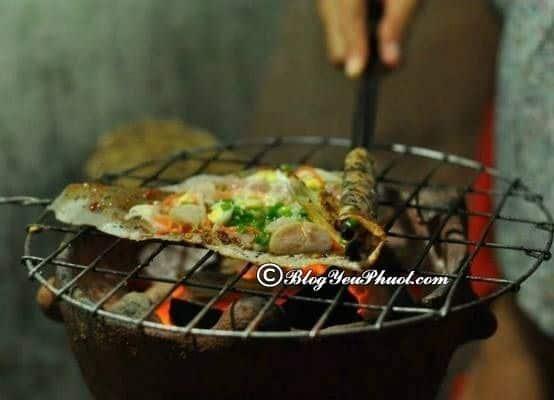 Quán bán bánh quai vạc, bánh tráng mắm ruốc nướng ở Phan Thiết: Nên ăn đặc sản Phan Thiết ở đâu?