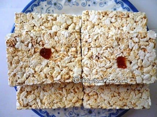 Nên mua quà gì khi du lịch Phan Thiết? Bánh cốm sữa/ bánh kẹo đặc sản Phan Thiết