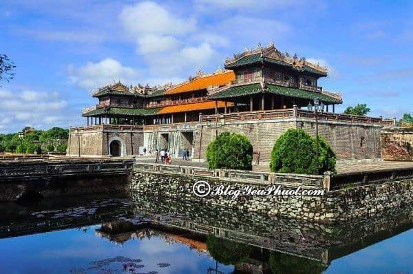 Hướng dẫn du lịch Đà Nẵng 4 ngày 3 đêm: Tư vấn lịch trình phượt Đà Nẵng 4 ngày 3 đêm