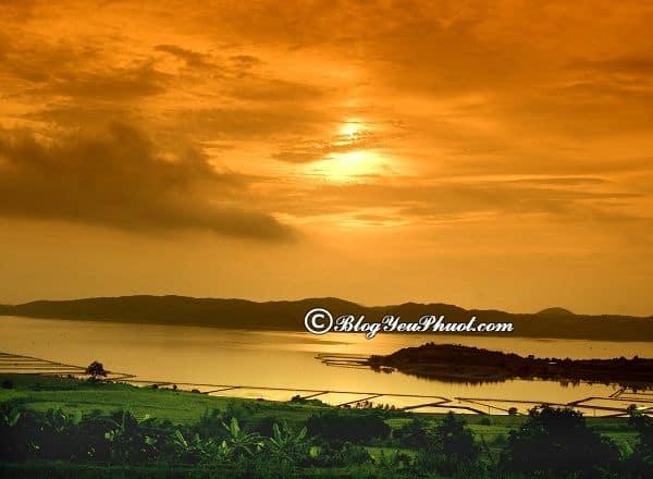 Danh lam thắng cảnh đẹp, nổi tiếng ở Tuy Hòa: Nên đi đâu chơi, tham quan khi du lịch Tuy Hòa?