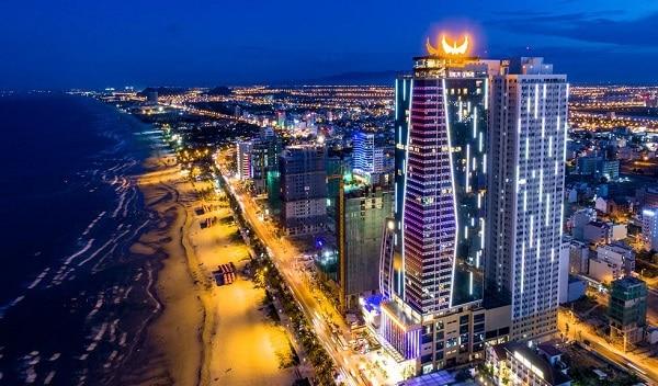 Nên ở khách sạn trung tâm hay gần biển Đà Nẵng? Du lịch Đà Nẵng ở khách sạn trung tâm hay gần biển?