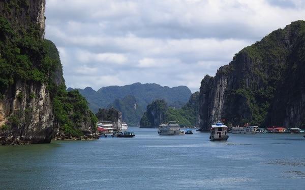Lịch trình du lịch Hạ Long 3 ngày 2 đêm tự tú: Kinh nghiệm du lịch Hạ Long 3 ngày 2 đêm