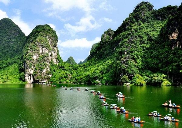Kinh nghiệm du lịch Ninh Bình 1 ngày: Hướng dẫn lịch trình du lịch Ninh Bình 1 ngày tự túc