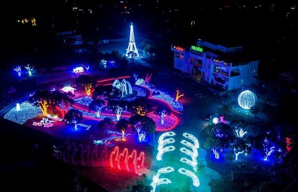 Công viên ánh sáng Pha Luông giá vé, giờ mở cửa